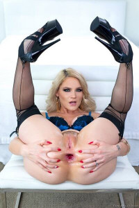 EvilAngel.com: PAWG Lisey's Gaping Anal Threesome